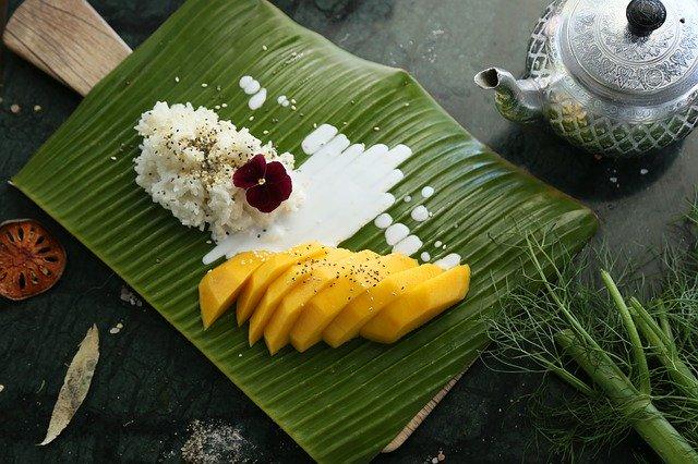 Comment couper une mangue en tranches ?