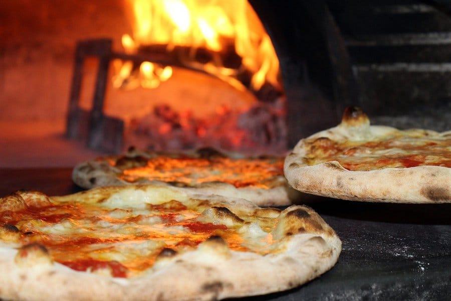 La température idéale d'un four à pizza