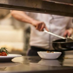 Cuisine professionnelle : comment choisir son matériel ?