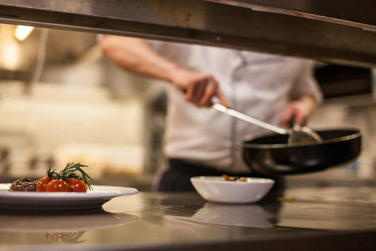 Comment choisir son matériel de cuisine pro ?