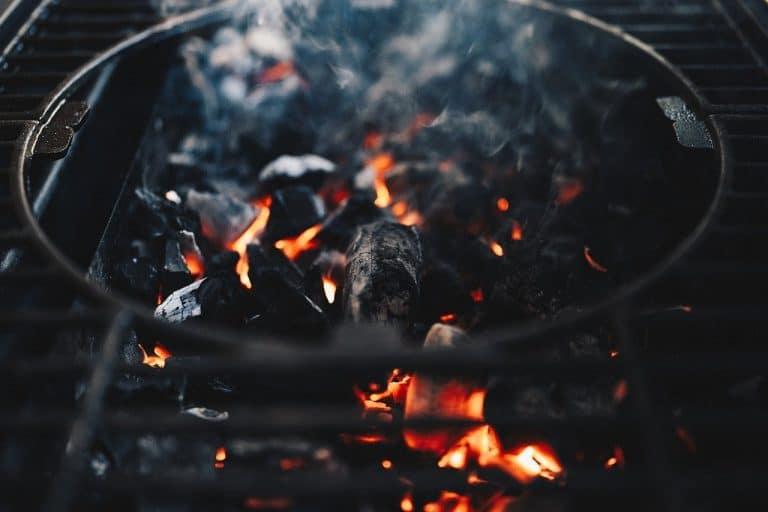 Allumer un barbecue facilement