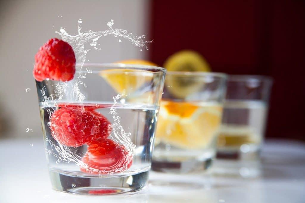 Eau aromatisée aux fruits