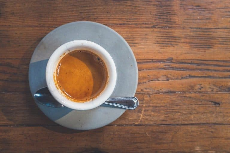 Un café espresso