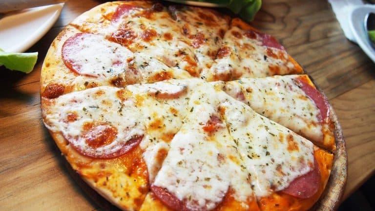 Recette pizza salami