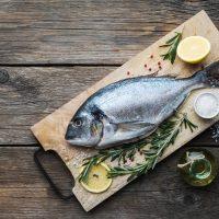 Quel poisson consommer cet été : poisson maigre ou dorade ?