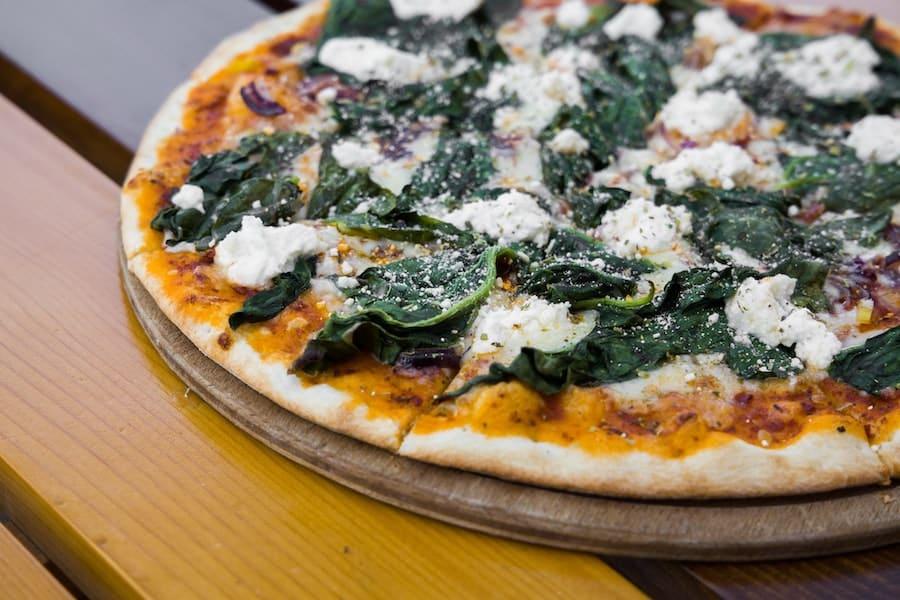 Pizza préparée avec de la levure chimique
