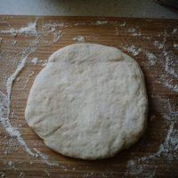 Comment préparer une pâte à pizza avec de la levure chimique ?