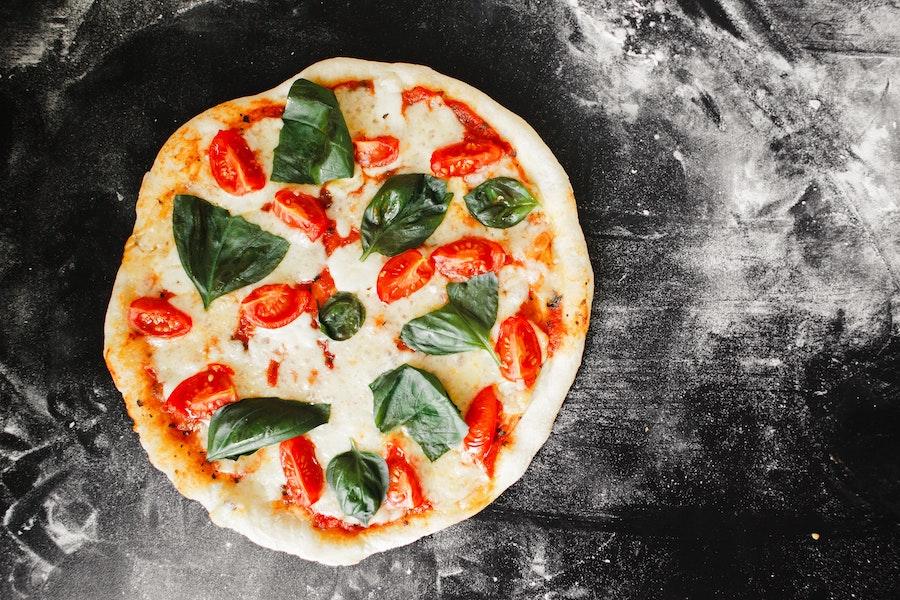 Poids boule de pâte à pizza